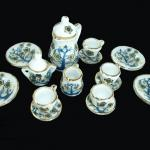 miniature pot, miniature tea cups, mini teapots